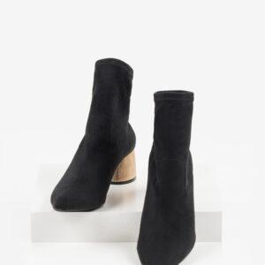 Велурени дамски боти в черен цвят-221633