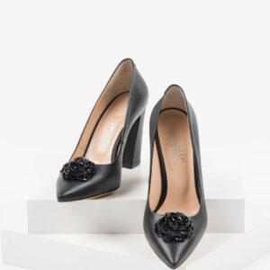 Кожени дамски обувки в черен цвят-241159