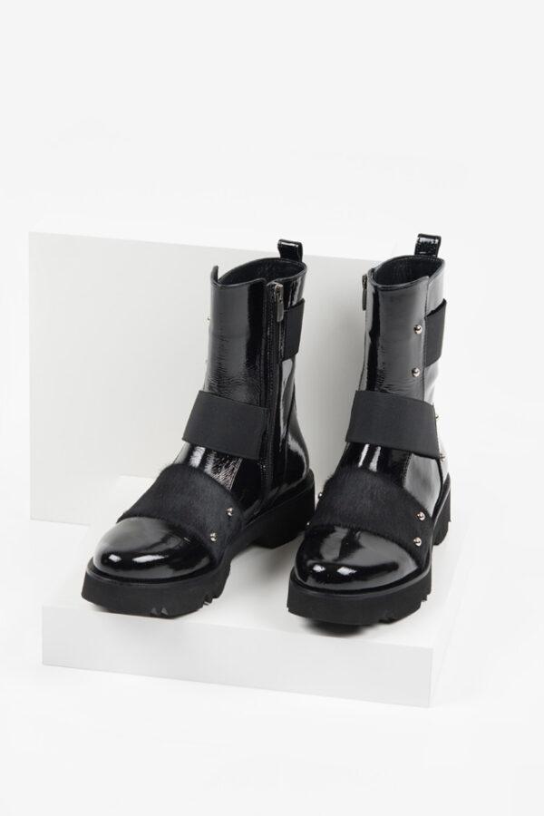 Лачени дамски боти в черен цвят-241257-1