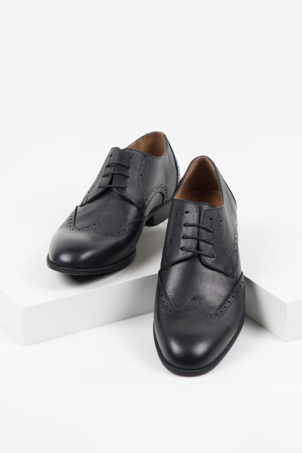 Кожени мъжки обувки в черен цвят-04447-4