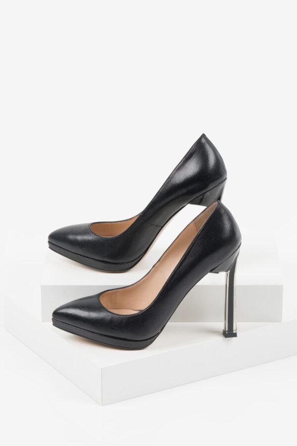 Кожени дамски обувки в черен цвят-230133