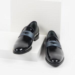 Мъжки обувки в черен цвят-2820015
