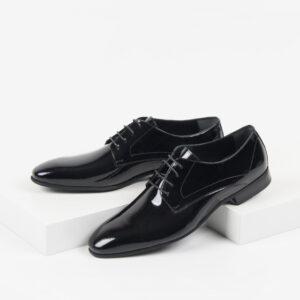 Лачени мъжки обувки в черен цвят-281505