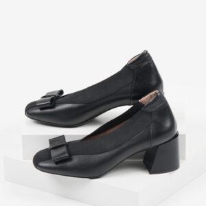 Кожени дамски обувки в черен цвят-160576