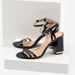 Дамски сандали в черен цвят-487618