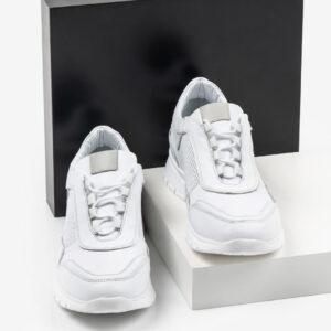 Ежединевни мъжки обувки в бял цвят-061478