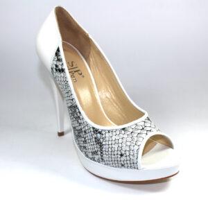 Змийски дамски обувки в бяло-590628