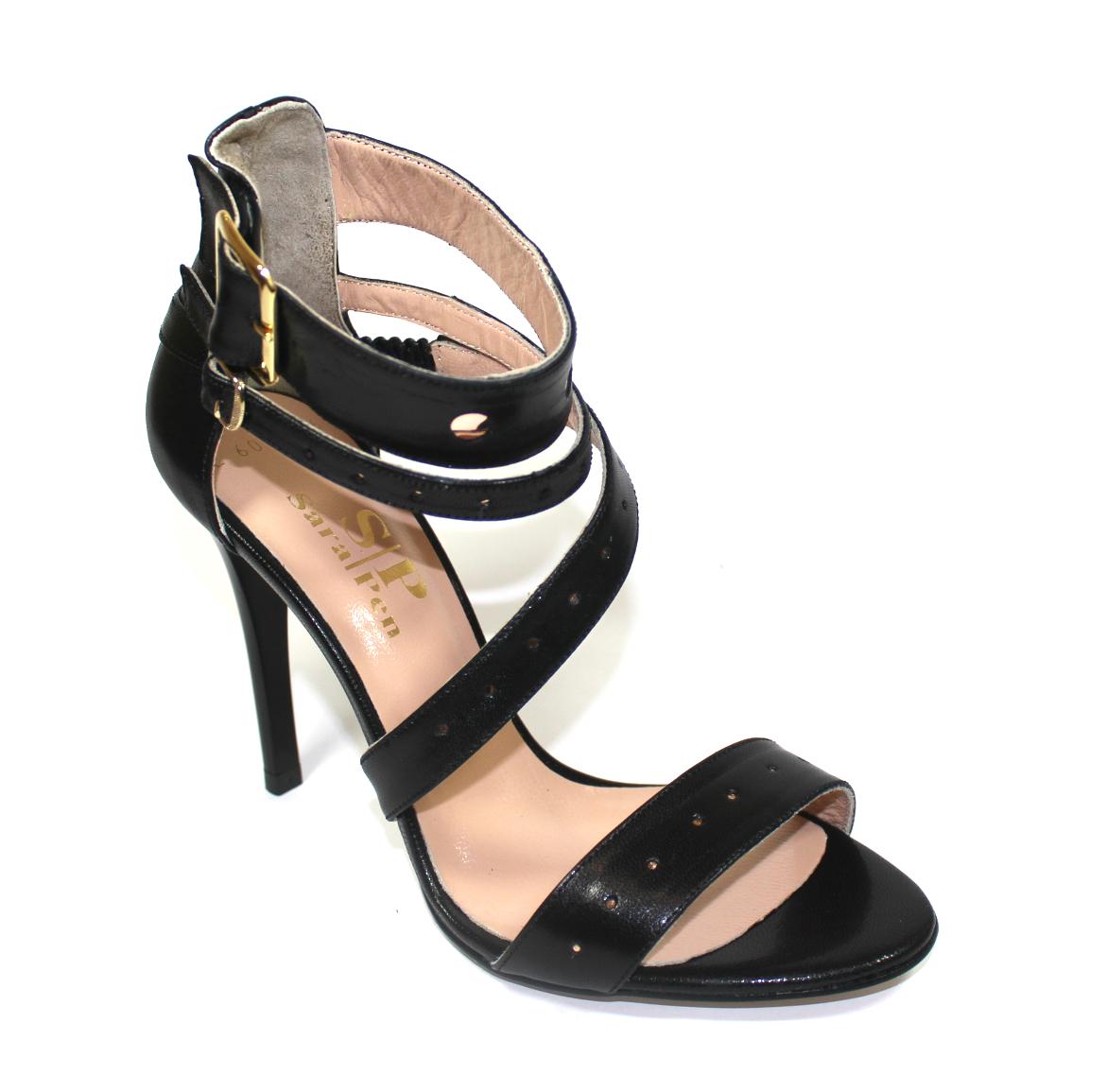 Кожени дамски сандали в черно-486015
