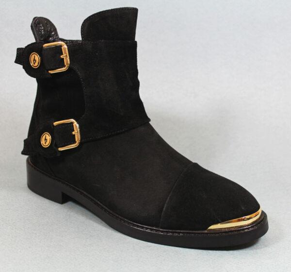 Ежедневни дамски боти в черен цвят -480821